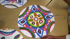 Paintbrush Rocket: Grade Radial Designs in Paint inspired by Tibetan Mandalas Elementary Art Lesson Plans, Tibetan Mandala, Arts Ed, Art Classroom, Art Activities, Doodle Art, Art Education, Love Art, Art Projects