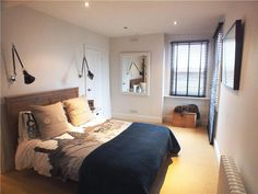 Modern Country Style: Zoella's Old Apartment In Brighton: Home Tour Click through for details. Zoella's old bedroom Flat Interior Design, Interior And Exterior, Zalfie House, Zoella Bedroom, Amber Room, Brighton Houses, Modern Country Style, Old Apartments, My Dream Home