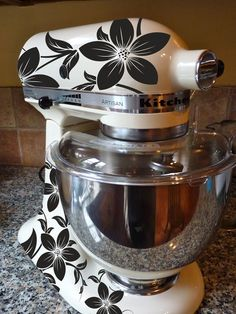 Stella - I want you to make me something like this for  my mixer in BLUEs!  OK?