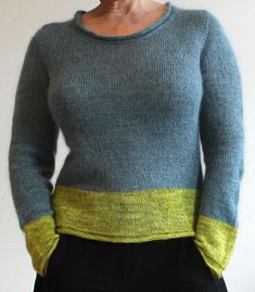 Simple and straightforward knitting with bold colour blocks and simple, pleasing lines – Simple!You'll knit with the Åsa Tricosa Ziggurat Top-Down Tricnique (inspired by Tuulia's Tailored Sweater Method but knitted in one go).Simple begins with a cast-on for back and shoulders and is then knit all in one go from top to bottom with some little zigging and zagging, producing nicely tailored shoulders, a curved neckline, and a slightly fitted body with a little ease. The set-in sleeves are also…