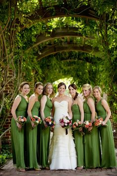 Pink and Green Wedding in Williamsburg by David Schwartz Photography | Done Brilliantly
