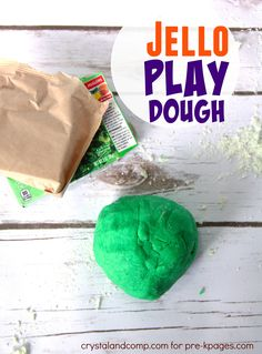 Easy Homemade Jell-O Playdough Recipe for Preschool and Kindergarten Easy Playdough Recipe, Homemade Playdough, Easy Diy Crafts, Diy Crafts For Kids, Simple Crafts, Fun Crafts, Baby Crafts, Holiday Crafts, Glitter Playdough