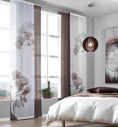 Pretty window decoration: panel curtain with floral motif - decor . Pretty window decoration: panel curtain with a floral motif – … – cuisine Bedroom Curtains With Blinds, Panel Curtains, Modern Curtains, Living Room Furniture Layout, Interior Design Living Room, Living Room Designs, Modern Window Design, Curtain Designs, Home And Living