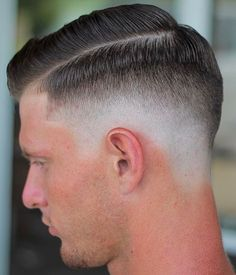 Finding The Best Short Haircuts For Men Best Short Haircuts, Cool Haircuts, Haircuts For Men, Short Hair Cuts, Short Hair Styles, Vintage Haircuts, Slick Hairstyles, 1940s Hairstyles, Hairdos