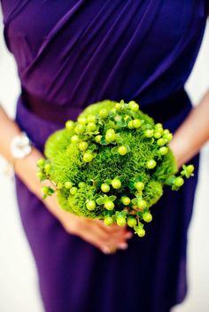 green flowers-trick dianthus and hypericum berries. Photo: http://olivialeighweddings.com