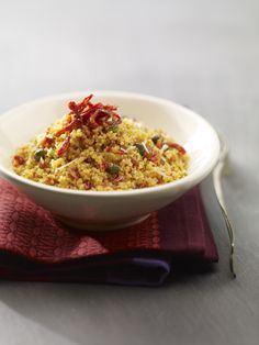 Il cuscus con pesto di pomodori secchi è un piatto semplice da realizzare, visita anche tu il sito Sale&Pepe e scopri la ricetta, cucinala e buon appetito.