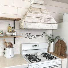 shabby chic kitchen designs – Shabby Chic Home Interiors Farmhouse Kitchen Inspiration, Farmhouse Kitchen Decor, Home Decor Kitchen, Home Kitchens, Antique Farmhouse, Kitchen Ideas, Country Kitchens, Farmhouse Lighting, Coastal Farmhouse