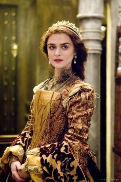 "Rachel Weisz as Queen Isabella of Spain in Darren Aronofsky's ""The Fountain"" Designed by Renee April, Rachel Weisz, Period Costumes, Movie Costumes, Historical Costume, Historical Clothing, Moda Medieval, Elisabeth I, Queen Isabella, Period Outfit"