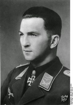 Oberstleutnant Wolfgang SCHENCK (7 February 1913 – 5 March 2010) fighter ace Knight's Cross on 14 August 1941 as Oberleutnant and Staffelkapitän of the 1./SKG 210; 139th Oak Leaves on 30 October 1942 as Hauptmann and Gruppenkommandeur of the I./ZG 1