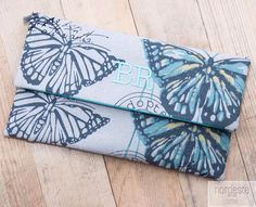 http://sdrbcn.wix.com/nordeste nordeste handbags bolsos personalizados hechos a mano con amor Nordeste handbags #nordestehandbags #nordeste #chic #handmade #handbag #bags #bolsos #iniciales #bolsobordado #tudiseñastubolso #fashion #santander #barcelona