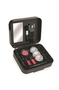 Set Make Up Kit Essential