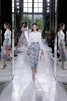 Balenciaga Spring 2014 RTW - Runway Photos - Fashion Week - Runway, Fashion Shows and Collections - Vogue