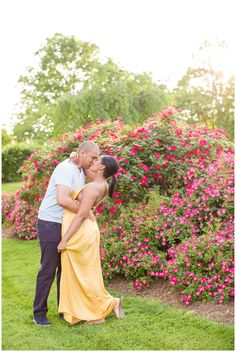 Floral Fawn Lake Summer Engagement Session | Fredericksburg, Virginia | Hope Taylor Photography