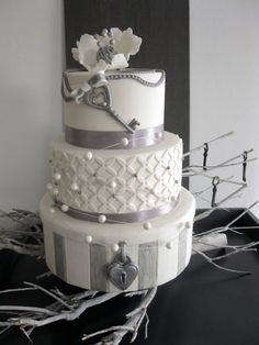 Love, Lock & Key Cake
