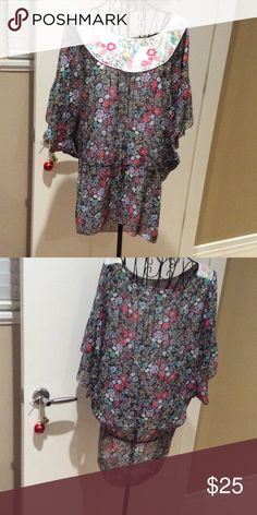Blouse 100% polyester quarter sleeve blouse, draw string waist Kensie Tops Blouses