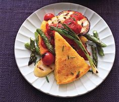 Polenta and Vegetables With Roasted Red Pepper Sauce #SelfMagazine #MeatlessMonday