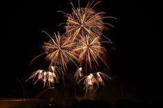 "https://flic.kr/p/oEAjQL   2014 豊田おいでん祭り花火 Toyota Oiden Festival 2014   2014年7月27日に開催された、豊田おいでんまつりの花火から、磯谷煙火店による「メロディ花火」。  ""Fireworks to the music"" by Isogai-enkaten in the Toyota Oiden Festival on July 27 in 2014."