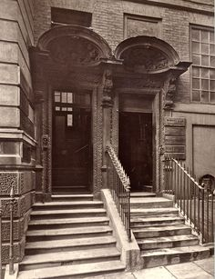 Despite the general creepiness of the Victorian Era, London during this point in time was actually a beautiful place to be, and these vintage photos prove it. Victorian London, Vintage London, Old London, Victorian Era, Old Photos, Vintage Photos, 19th Century London, London Drawing, London Architecture
