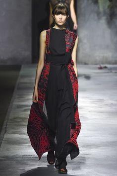Paris #FashionWeek! #PFW #2015 RTW Vionnet Autumn/Winter 2015-2016