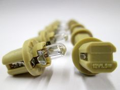 12v 1.5w B8.5D (Beige) Indicator & Panel Bulb Ring - R509TBE *Pack Of 10*