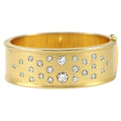 18KT Yellow Gold & Diamond Bangle, 3 Carats
