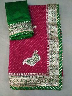 Pure Georgette 60 grams saree with contrast Green Border with beautiful gota Patti Hand Work. Comes with contrast Dupion silk blouse Chiffon Saree, Saree Dress, Georgette Sarees, Floral Print Sarees, Floral Prints, How To Make Clothes, Making Clothes, Indian Designer Outfits, Indian Outfits