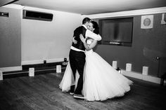 First dance Wedding photography at the Christchurch Harbour Hotel in Christchurch, Dorset by Lawes Photography  #christchurchharbourhotel #lawesphotography #weddingphotography #firstdance