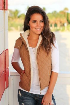 Get this Camel Quilted Vest with Fur Collar from Saved by the Dress Boutique! The perfect Fall and Winter vest! Fall Vest, Winter Vest, Vest Outfits, Casual Outfits, Cute Outfits, Sexy Winter Outfits, Fall Outfits, Winter Clothes, Teen Girl Fashion