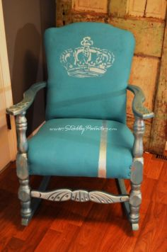 I want to do this!! to 2 chairs!! chalk painted fabric chair #makeover #decor #diy