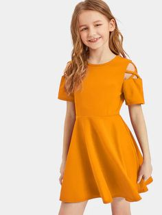 Dresses Kids Girl, Kids Outfits Girls, Cute Girl Outfits, Cute Outfits For Kids, Cute Dresses, Girls Fashion Clothes, Teen Fashion Outfits, Girl Fashion, Jumpsuits For Girls