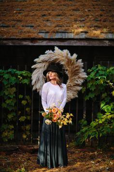 Ashley Fox Designs. David Grube Photography. Shop Velvet Moon. wreath. pampas grass. garden roses. fall