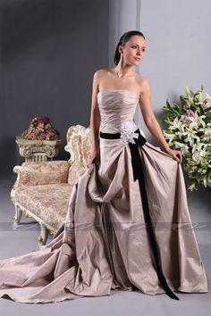 Strapless A-line pleated wedding dress
