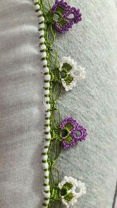 Picture of Floral Crochet Lace With Edge Edge Source by mbtemple < Br > Beau Crochet, Slip Stitch Crochet, Crochet Lace Edging, Bobble Stitch, Crochet Motifs, Crochet Stitches Patterns, Tunisian Crochet, Crochet Designs, Crochet Flowers