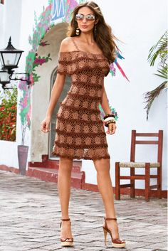 Vestido de Crochet Marrom