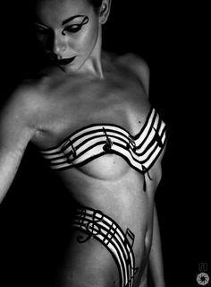 #BodyPaintMagazine #Art #BodyArt #BodyPaint #Model #Photography #BodyPainting  Léa by izo on 500px