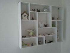 DIY, Letterbak Wall Shelf Decor, Wall Shelves, Shelving, Tv Cabinet Design, Shelf Design, Tv Stand And Panel, Hall Cupboard, Tv Unit Furniture, Bookshelf Storage