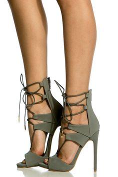 4. fashion boots   handbags