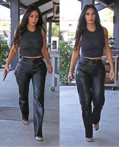 Estilo Kardashian, Kardashian Style, Kardashian Jenner, 2020 Fashion Trends, Fashion Models, Sporty Outfits, Cute Outfits, Kim Kardashian Photoshoot, Jenners
