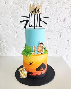 "Gefällt 4,395 Mal, 75 Kommentare - Ivy + Stone | Jade (@ivyandstonecakedesign) auf Instagram: ""Lion King themed cake for Leonardo's first birthday featuring a watercolour bottom tier and hand…"""