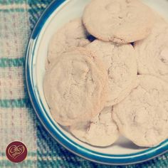 This Monday has been brilliant! Not only did Linda bake a fresh batch of Peach & Raspberry Cookies but she gave us some to take home after work as well! AMAZING! This delicious recipe is available on our website! #chocolate #monday #recipe #baking #baked #cooking #cook #cookies #tasty #yum #yummy #delicious #chocoholic #chocolateaddict #shop #shopping #shoplocal #fromscratch #instabake #homemade #lovetobake #peach #raspberry