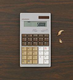 dizajnerski! kupiłbym, ale korzystam z kalkulatora raz na miesiąc :P