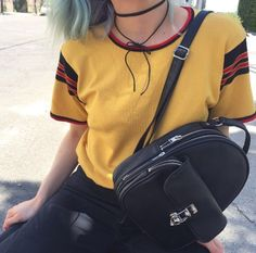 Find images and videos about black, grunge and aesthetic on We Heart It - the app to get lost in what you love. Fashion Mode, Grunge Fashion, Look Fashion, 90s Fashion, Fashion Outfits, Rock Style, Style Me, Grunge Outfits, Choker Outfit
