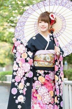 """Furisode"", the Japanese beautiful kimono | japan fashion | Scoop.it"