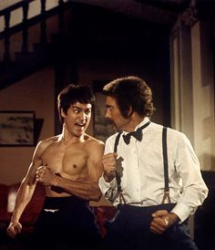 Bruce Lee, Robert Baker - The Chinese Connection Bruce Lee Chuck Norris, Bruce Lee Movies, Blue Lee, Bruce Lee Martial Arts, Kung Fu Movies, Romantic Comedy Movies, Martial Arts Movies, Enter The Dragon, Adventure Movies