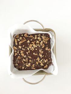 Vegan Brownie Cheesecake Bars: Gluten-Free and Refined Sugar-Free