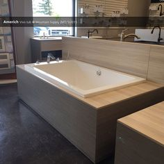 Americh Vivo Tub @ Mountain Supply (MT) - 5/2015