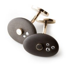Jean Grisoni  Cufflinks: Galets  Yellow gold, diamonds