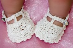 crocet patterns for baby sandals | Fancy Crochet TStrap Baby Shoes Pattern | Tejidos