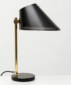 Paavo Tynell, table lamp model no.9227, ca.1950s. Manufactured by Idman, FInland. Brass, painted metal and painted perforated metal. Impressed with TAITO 9227 IDMAN VM 42. Copyright by Scandinavian Collectors 2014.