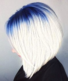 14 Colorful Roots That Will Make You Feel like Rainbow Brite This rainbow hair trend turns neglected roots into an edgy style statement My Hairstyle, Cool Hairstyles, Short Hair Cuts, Short Hair Styles, Blonde Hair With Roots, Colored Hair Roots, Edgy Hair, One Hair, Hair Affair